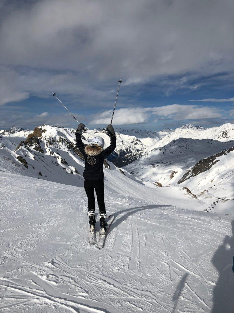 Ines Juranovic Skiing